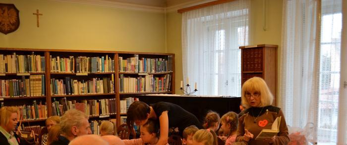 Integracja międzypokoleniowa w Bibliotece !!!